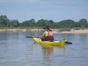 un p'tit bogoss qui fait du kayak